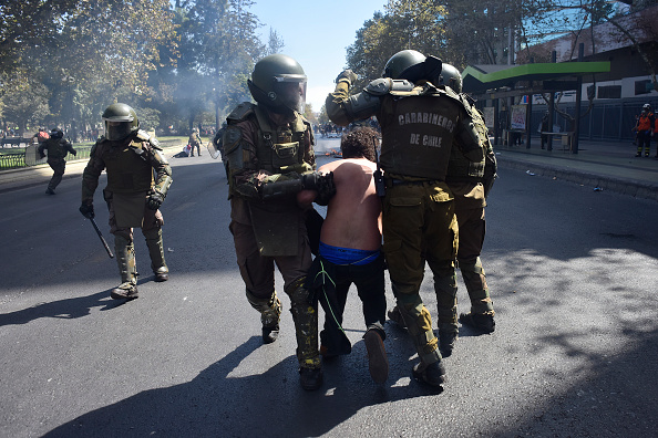 Santiago Metropolitan Region「International Women's Day Demonstrations In Santiago」:写真・画像(17)[壁紙.com]