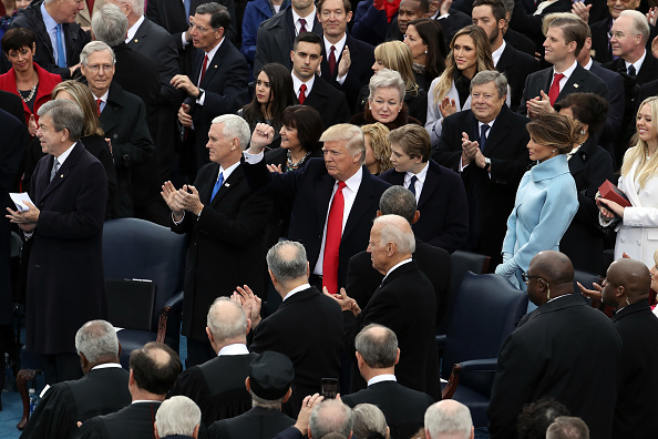 Drew Angerer「Donald Trump Is Sworn In As 45th President Of The United States」:写真・画像(6)[壁紙.com]