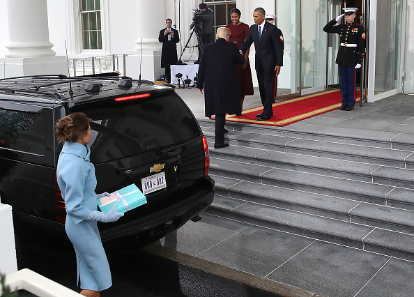 到着「Donald And Melania Trump Arrive At White House Ahead Of Inauguration」:写真・画像(12)[壁紙.com]