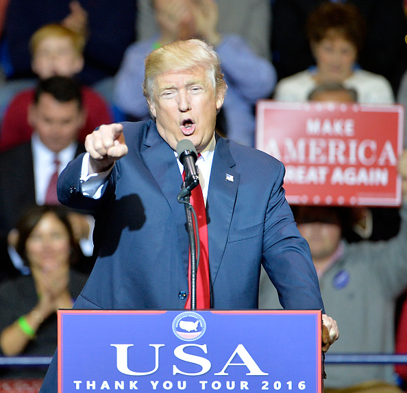 USA「Donald Trump Holds Thank You Rally In Fayetteville, NC」:写真・画像(13)[壁紙.com]