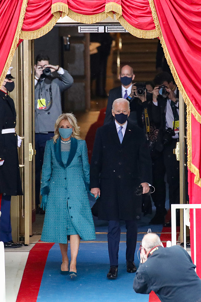 Presidential Inauguration「Joe Biden Sworn In As 46th President Of The United States At U.S. Capitol Inauguration Ceremony」:写真・画像(13)[壁紙.com]