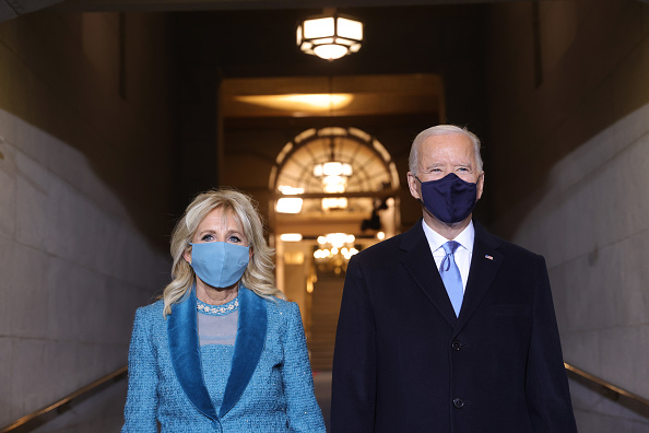 Inauguration Into Office「Joe Biden Sworn In As 46th President Of The United States At U.S. Capitol Inauguration Ceremony」:写真・画像(6)[壁紙.com]