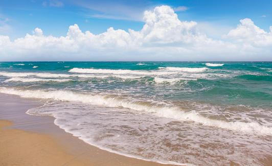 波「USA, Florida, Boca Raton, Beach with surf」:スマホ壁紙(10)
