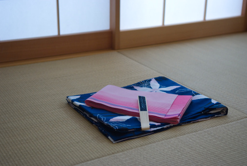 Tradition「Yukata on tatami mat」:スマホ壁紙(11)