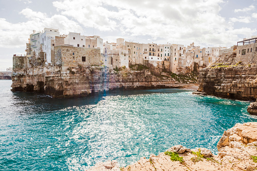 Old Town「Italy, Puglia, Polognano a Mare, view to historic old town」:スマホ壁紙(17)