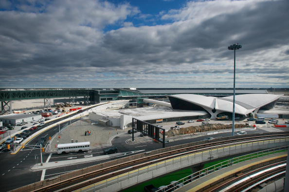 Kennedy Airport「JetBlue Opens Its New Terminal 5 at JFK Airport」:写真・画像(0)[壁紙.com]
