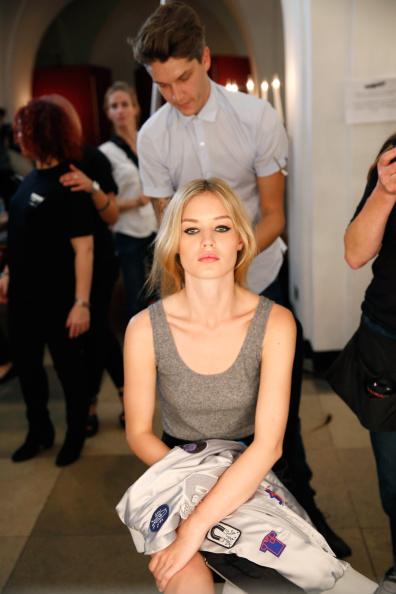 Tristan Fewings「Marchesa: Backstage - London Fashion Week SS15」:写真・画像(4)[壁紙.com]