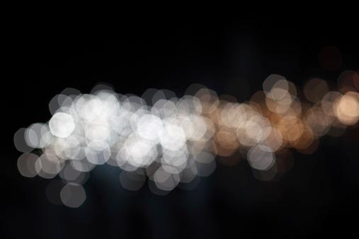 花火「ゴールドとシルバーのデフォーカスライト」:スマホ壁紙(12)