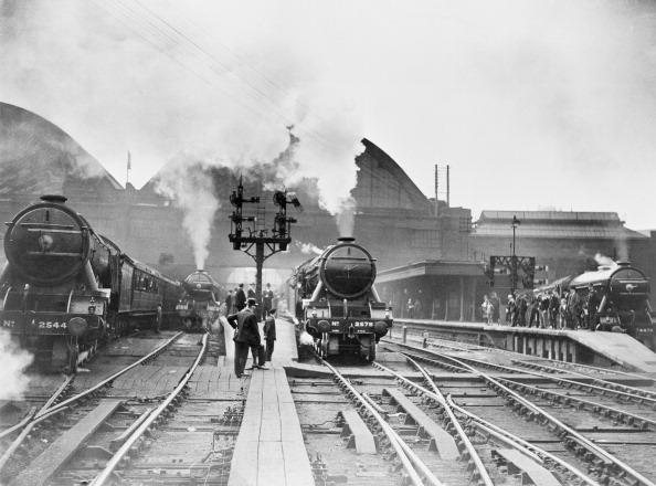 鉄道・列車「King's Cross Station」:写真・画像(9)[壁紙.com]