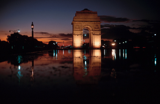Delhi「Monument at night」:スマホ壁紙(12)