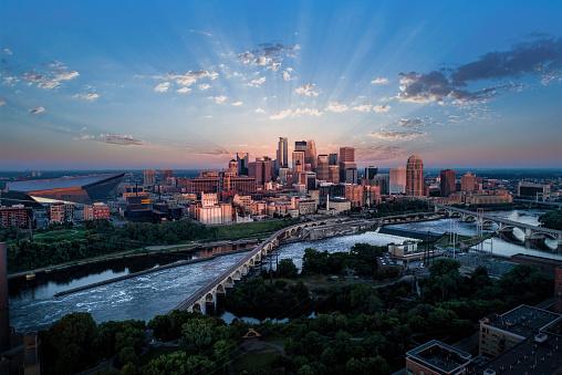 Minnesota「Minneapolis at Sunrise - Aerial View」:スマホ壁紙(12)