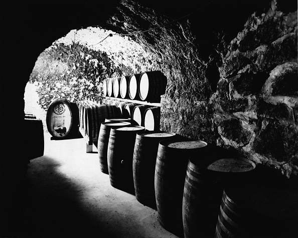 Winemaking「Barrels At The Beringer Brothers Winery」:写真・画像(18)[壁紙.com]