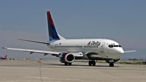 飛行機「Jet Fuel Shortages And High Prices Hurt Airlines Profitability」:写真・画像(14)[壁紙.com]