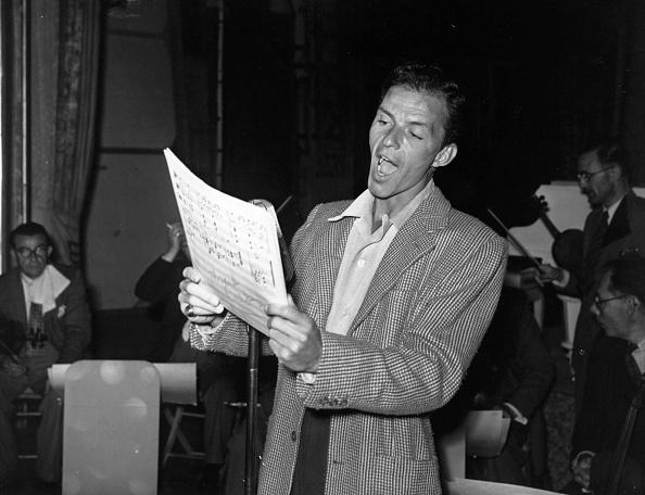 歌う「Frank Sinatra」:写真・画像(10)[壁紙.com]