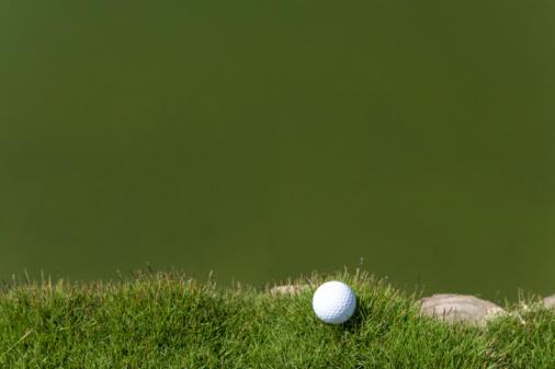 Northern Mariana Islands「Golf ball on grass, beside the pond, copy space, Saipan, USA 」:スマホ壁紙(16)