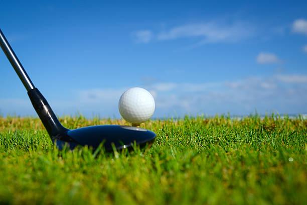 Golf Ball On Tee:スマホ壁紙(壁紙.com)