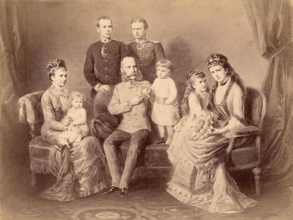 Austria「Emperor Franz Joseph with his family」:写真・画像(2)[壁紙.com]