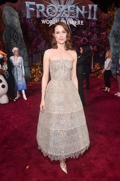 """Beige Dress「World Premiere Of Disney's """"Frozen 2""""」:写真・画像(2)[壁紙.com]"""