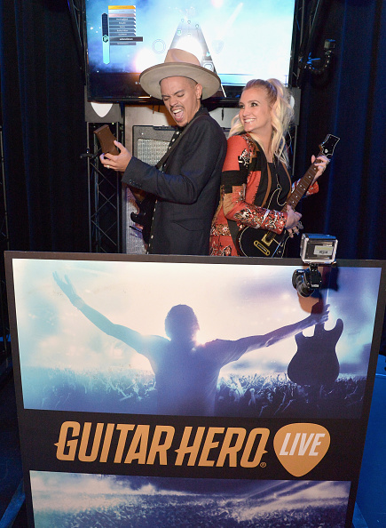 Ashlee Simpson「Guitar Hero Live Launch Party」:写真・画像(13)[壁紙.com]