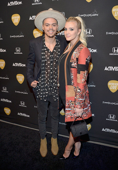 Ashlee Simpson「Guitar Hero Live Launch Party」:写真・画像(15)[壁紙.com]