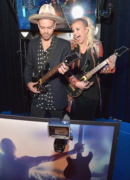 Ashlee Simpson「Guitar Hero Live Launch Party」:写真・画像(9)[壁紙.com]