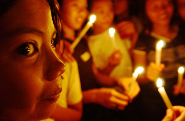 Fairy Tale「Children's Rights Vigil Held in Manila」:写真・画像(18)[壁紙.com]