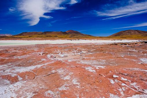 cloud「Lakes at Piedra Rojas on Altiplano in Atacama Desert, Chile」:スマホ壁紙(19)