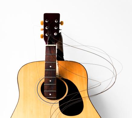 Rock Music「Smashed guitar」:スマホ壁紙(14)