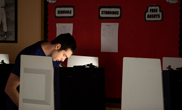 Tallahassee「Voters Across The Country Head To The Polls For The Midterm Elections」:写真・画像(14)[壁紙.com]