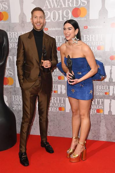 体にぴったりした「The BRIT Awards 2019 - Winners Room」:写真・画像(5)[壁紙.com]