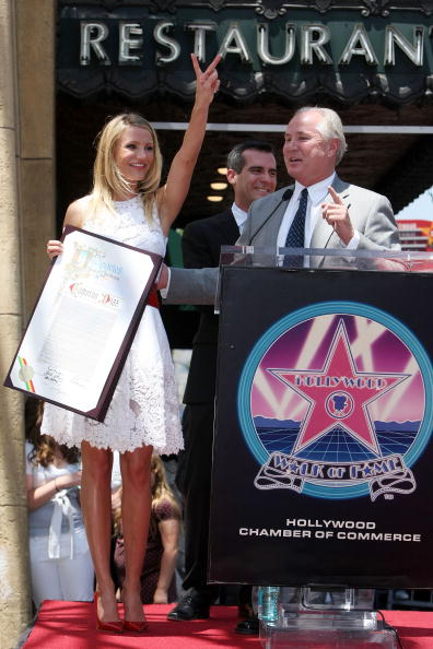 Highlights「Cameron Diaz Honored On The Hollywood Walk Of Fame」:写真・画像(14)[壁紙.com]