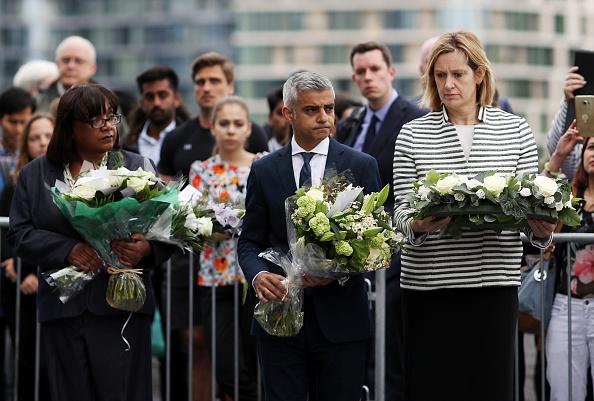 Shadow「Vigils Are Held For The Victims Of The London Bridge Terror Attacks」:写真・画像(18)[壁紙.com]