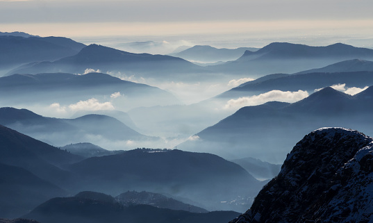 Piedmont - Italy「Morning mist in valleys and mountains」:スマホ壁紙(17)