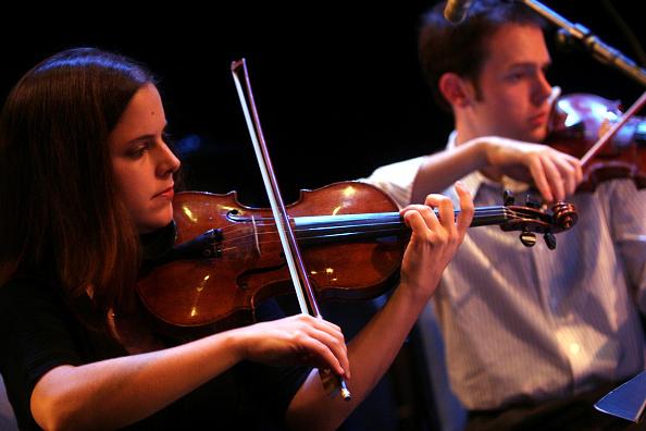 Violinist「A Power Stronger Than Itself」:写真・画像(5)[壁紙.com]