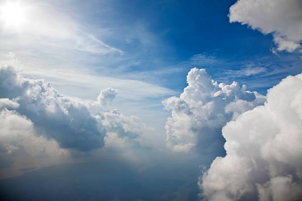 白い城のまとめ:2011年12月04日(壁紙.com)