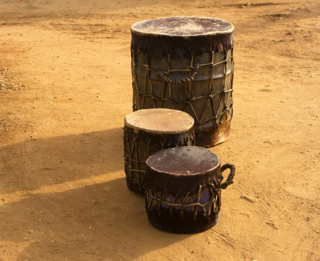 Indigenous Culture「Sudanese church drums  outside」:スマホ壁紙(14)