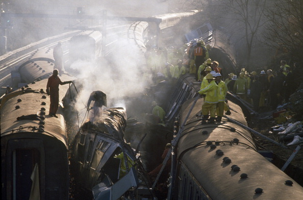 Tom Stoddart Archive「Clapham Rail Crash」:写真・画像(13)[壁紙.com]