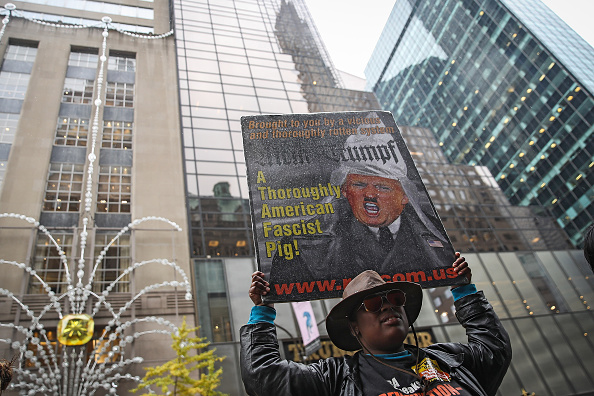 Drew Angerer「As Donald Trump Wins Presidency, Country Reacts」:写真・画像(4)[壁紙.com]
