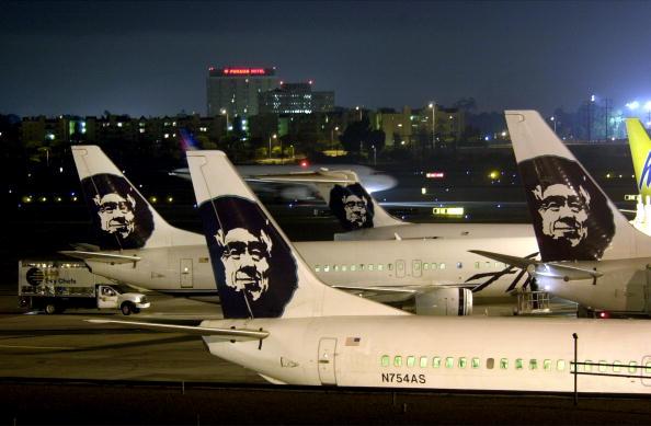 LAX Airport「LAX Found Worst in Runway Near-Crashes」:写真・画像(4)[壁紙.com]