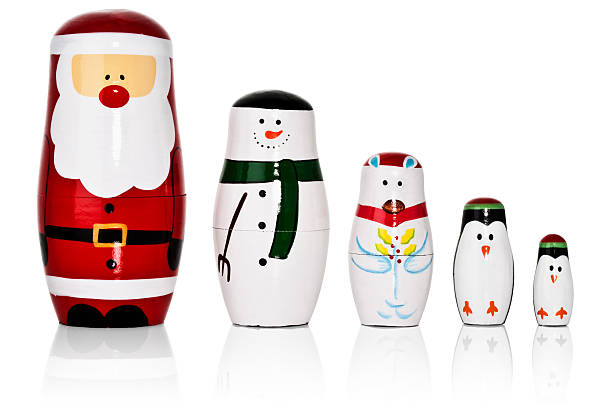 Santa, Snowman, Penguins Russian dolls set:スマホ壁紙(壁紙.com)
