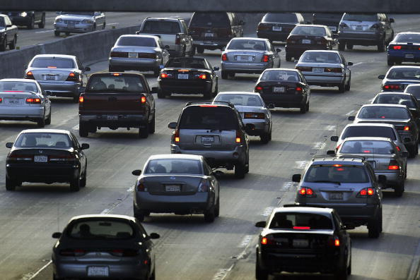 Multiple Lane Highway「Proposal To Reduce Auto Emissions In California」:写真・画像(3)[壁紙.com]
