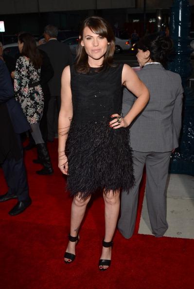 """Embellished Dress「Premiere Of Warner Bros. Pictures' """"Argo"""" - Arrivals」:写真・画像(19)[壁紙.com]"""