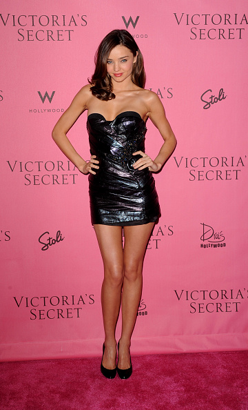 Miranda Kerr「5th Annual 'What Is Sexy?' List: Bombshell Edition Pink Carpet Event」:写真・画像(15)[壁紙.com]