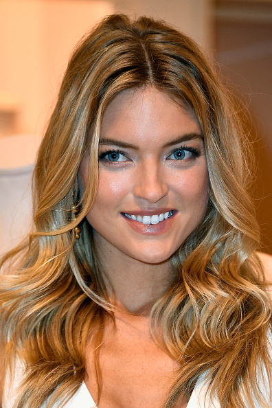 ヴィクトリアズ・シークレット「Victoria's Secret Angel Martha Hunt Introduces New Body By Victoria Collection」:写真・画像(0)[壁紙.com]