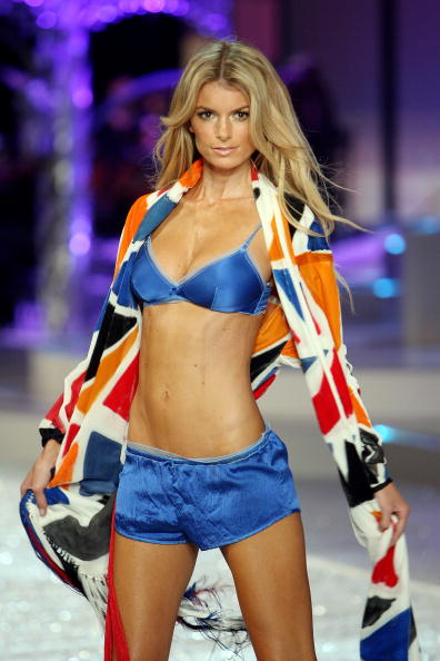Victoria's Secret Fantasy Bra「2008 Victoria's Secret Fashion Show - Runway」:写真・画像(12)[壁紙.com]