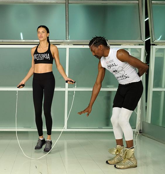 Gym「Victoria's Secret - Train Like An Angel with Adriana Lima」:写真・画像(4)[壁紙.com]