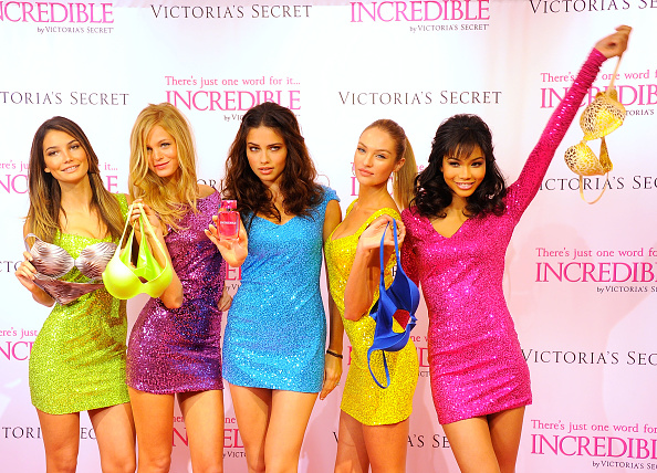 "Erin Heatherton「Victoria's Secret Angels Debut The New ""INCREDIBLE"" Bra」:写真・画像(8)[壁紙.com]"