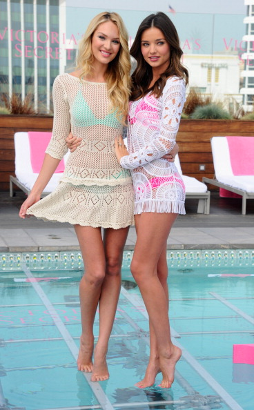 Miranda Kerr「Victoria's Secret 2012 Swim Launch With Miranda Kerr And Candice Swanepoel」:写真・画像(16)[壁紙.com]