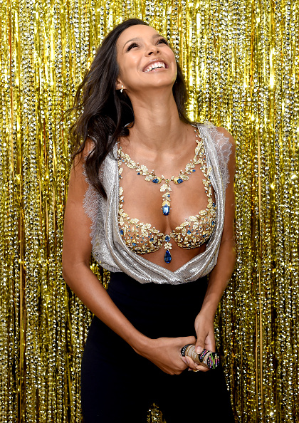 Victoria's Secret Fantasy Bra「Victoria's Secret Angel Lais Ribeiro Reveals The $2 Million 2017 Champagne Nights Fantasy Bra」:写真・画像(6)[壁紙.com]