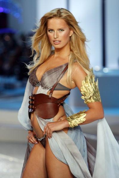 Victoria's Secret Fantasy Bra「2008 Victoria's Secret Fashion Show - Runway」:写真・画像(13)[壁紙.com]